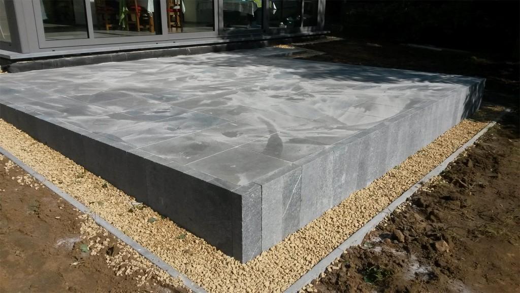 comodo-realisation-terrasse-pierre-naturelle-01