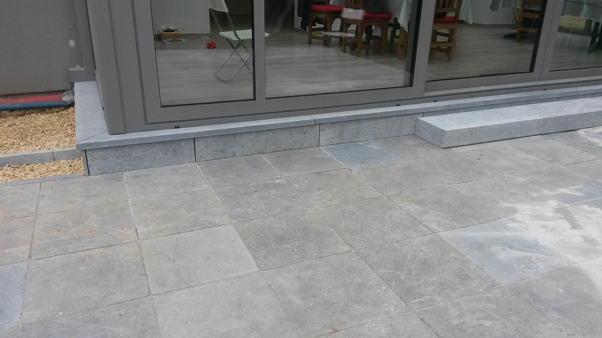 comodo-realisation-terrasse-pierre-naturelle-06